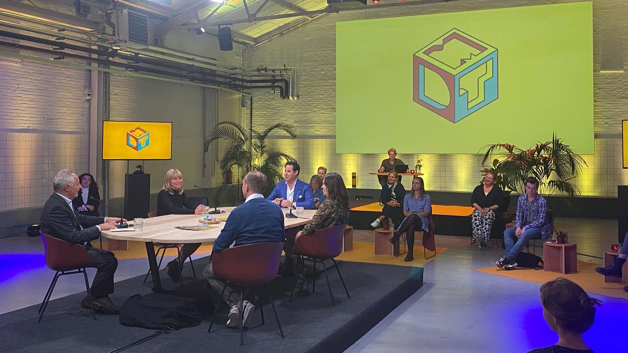 De online netwerkbijeenkomst van vrijdag 25 september werd uitgezonden vanaf de Prodentfabriek in Amersfoort.
